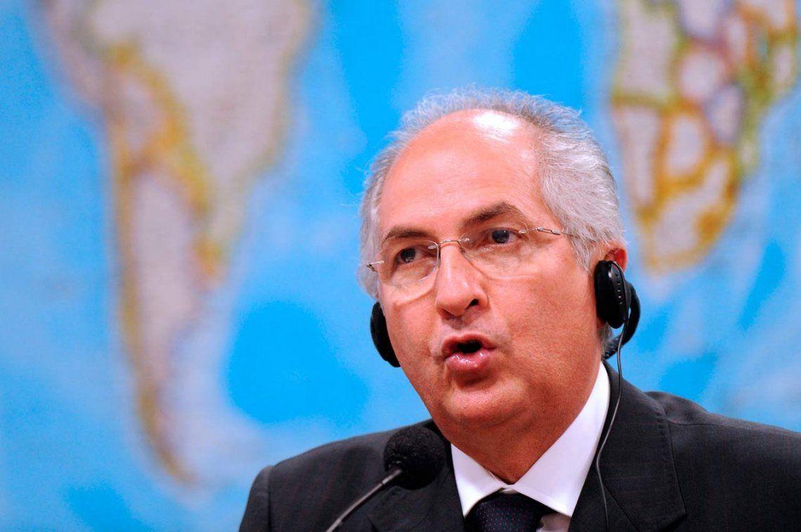 Venezuela: el alcalde Antonio Ledezma, de nuevo con arresto domiciliario