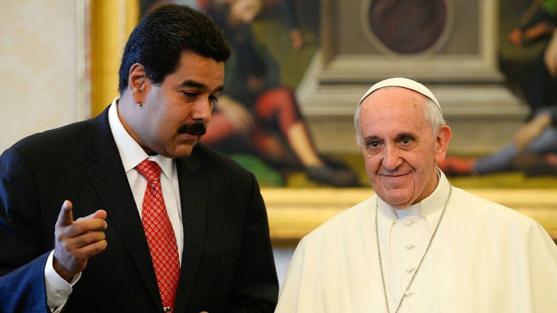 Pese al pedido de Francisco, se instaló la Asamblea Constituyente