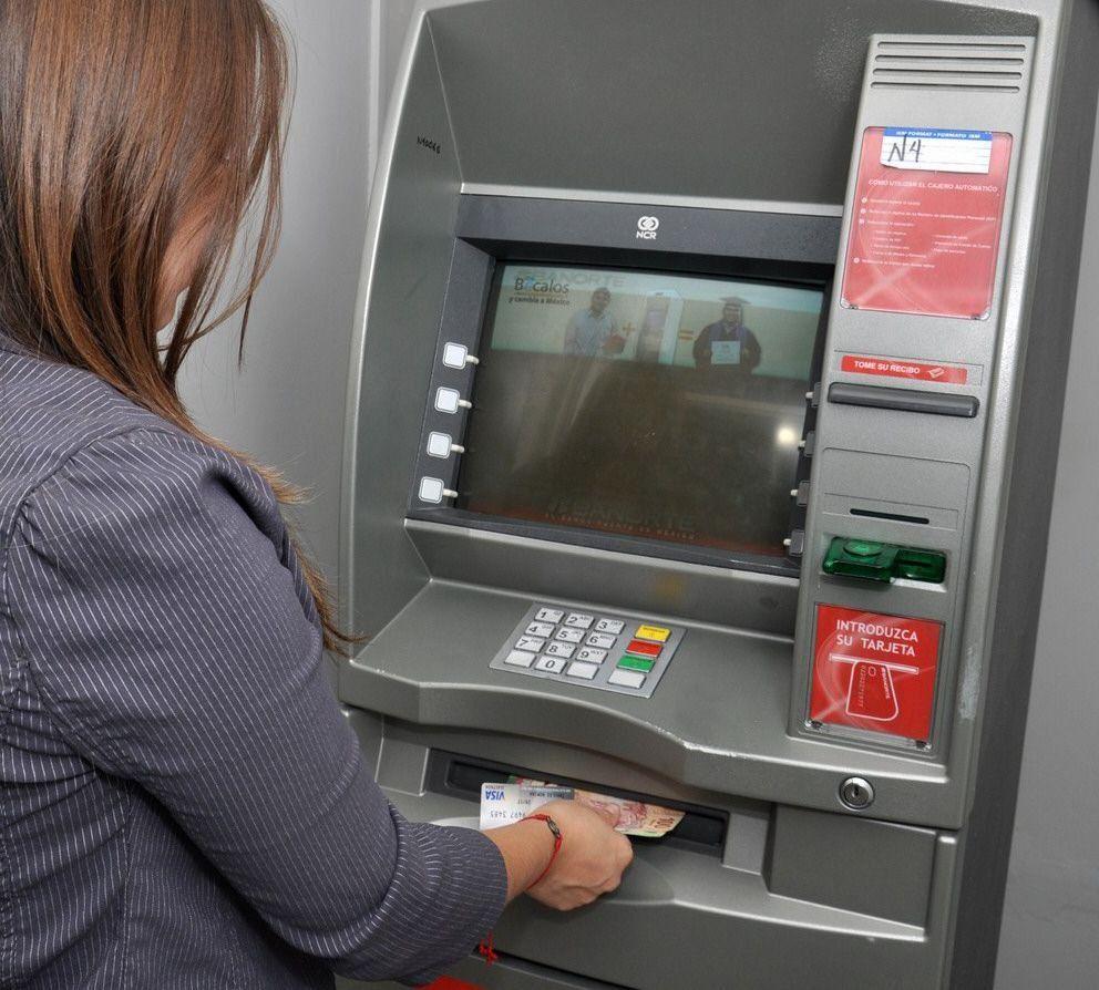 Día del Bancario: cómo seguir operando y extraer dinero