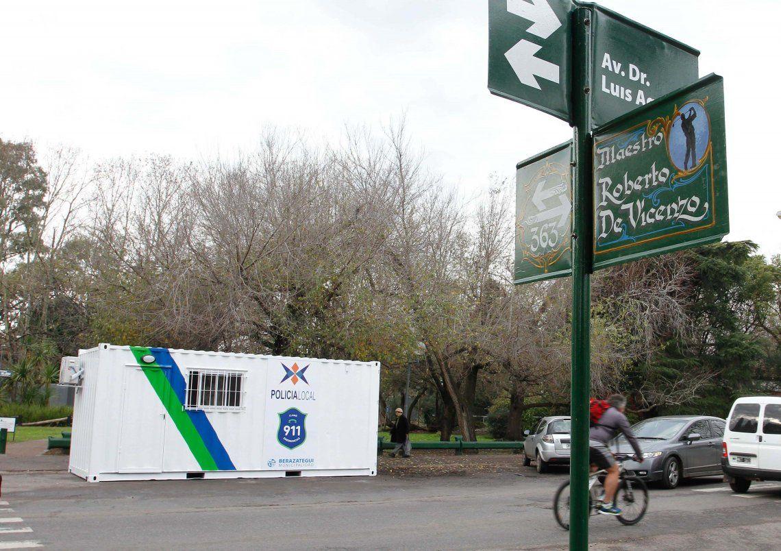 Instalan nuevas garitas de seguridad en Berazategui
