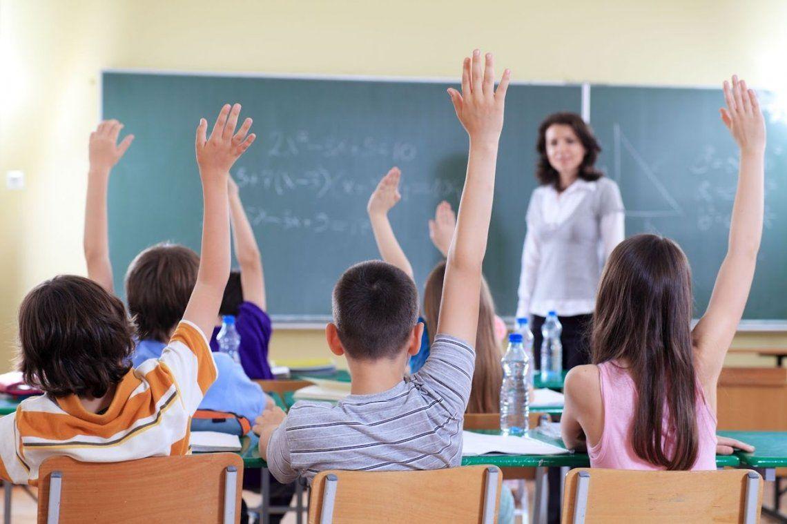 Atención: habrá clases en escuelas bonaerenses el lunes posterior a las PASO