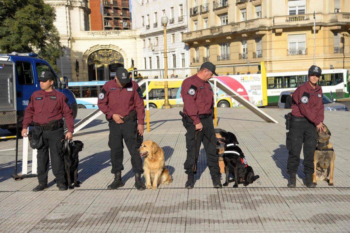 Policía de la Ciudad debuta en la custodia de la votación y traslado de urnas