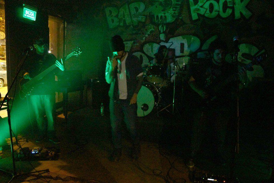 Rock progresivo de Calzada con Thrikel