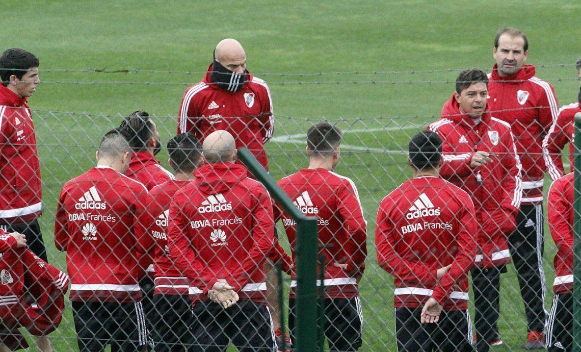 El Muñeco piensa repetir la formación, con Lux y Enzo Pérez