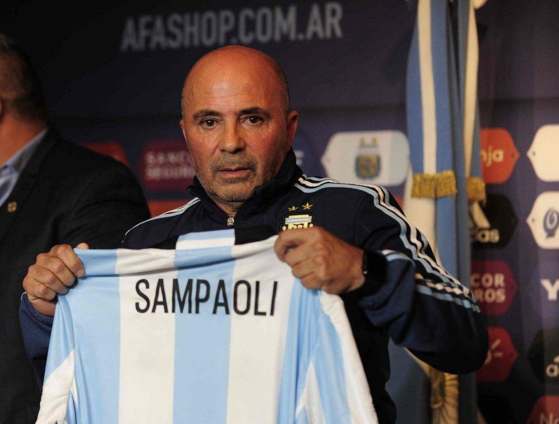 Sampaoli, un técnico que profundiza señales de renovación y mano firme