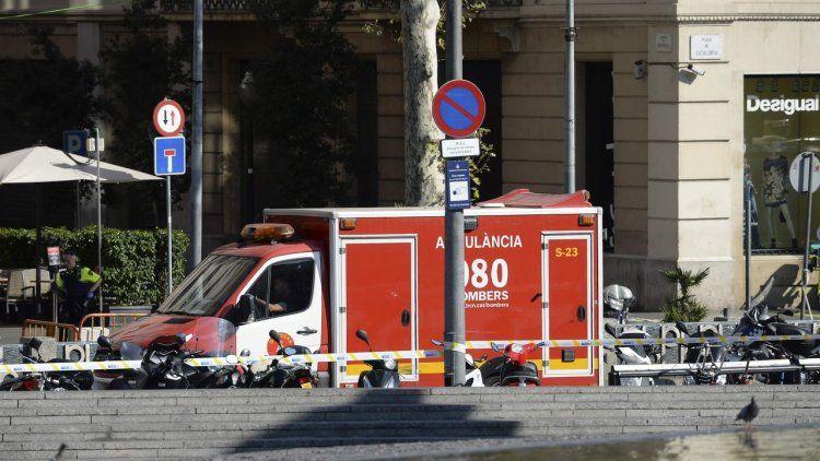 Una segunda camioneta replicó el pánico en Barcelona
