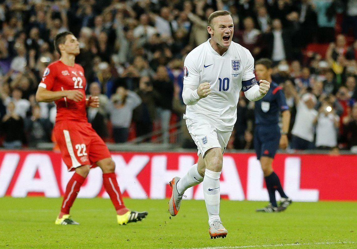Wayne Rooney vuelve a Inglaterra como DT y jugador