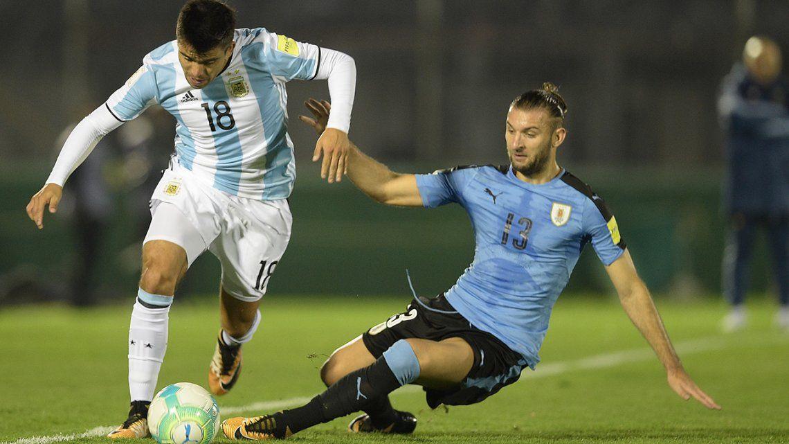 Las postales del empate entre Uruguay y Argentina