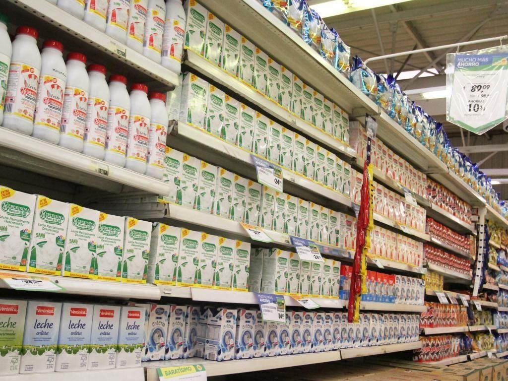 Mientras se negocian los Precios Cuidados, aumentó la leche