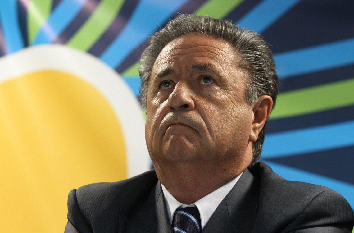 Duhalde dice que hay que vencer a Cristina en las PASO