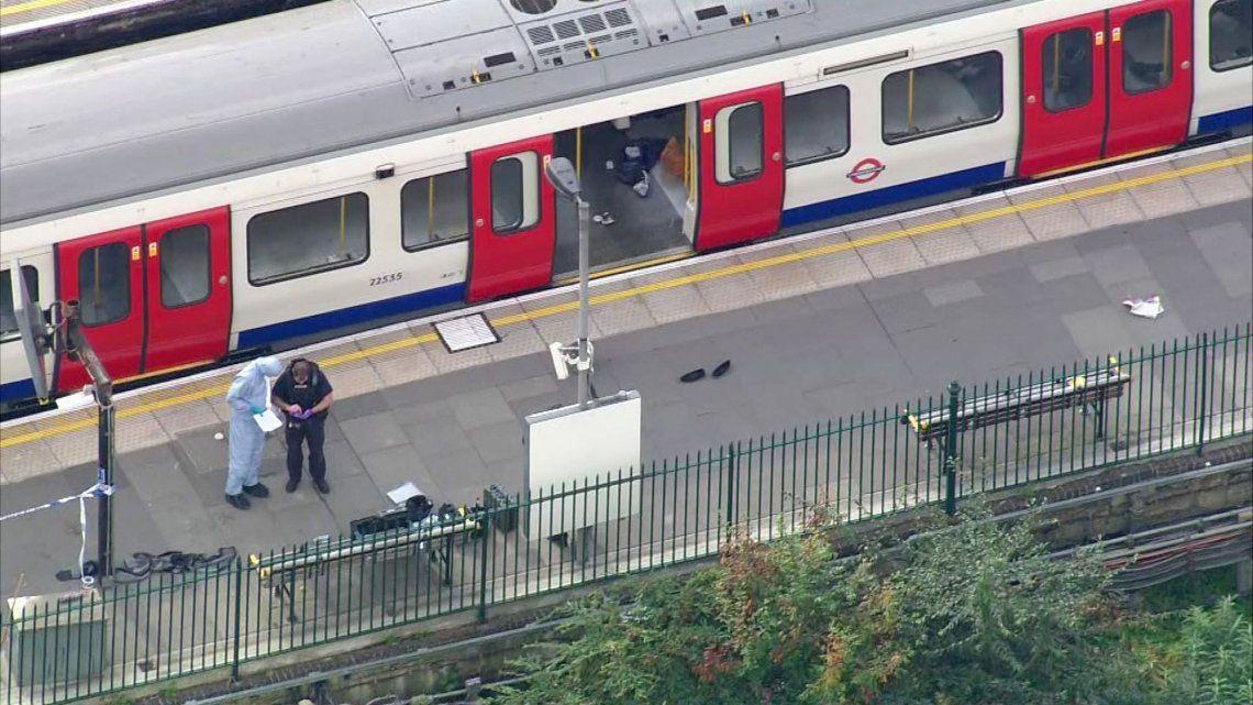 Las fotos más impactantes de la explosión en el metro de Londres