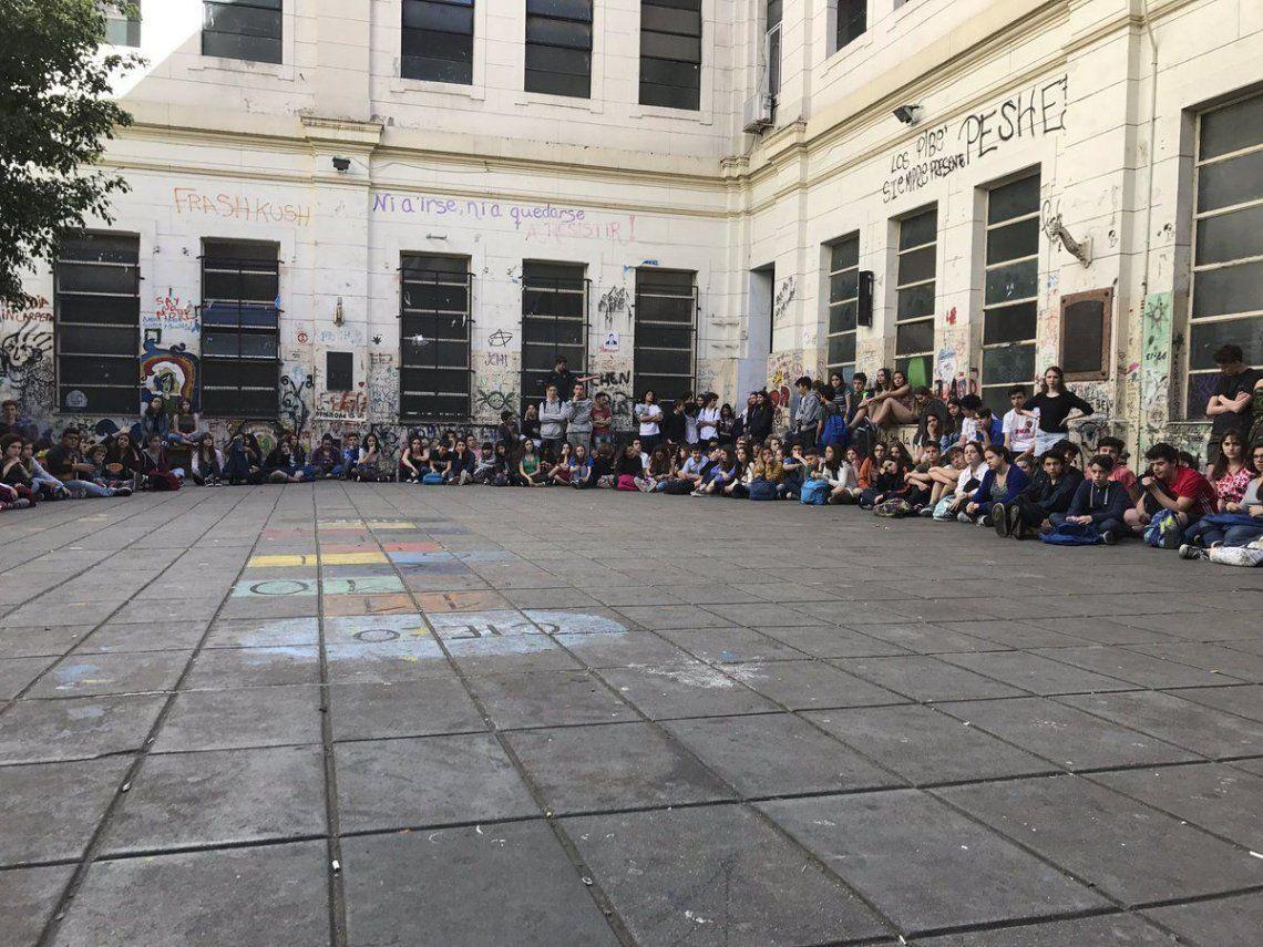 Cómo es el nuevo protocolo de la Ciudad frente a las tomas de colegios