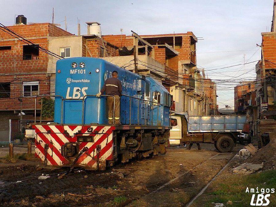 Hace 50 días  que no  circulan trenes entre Alsina y Bonzi
