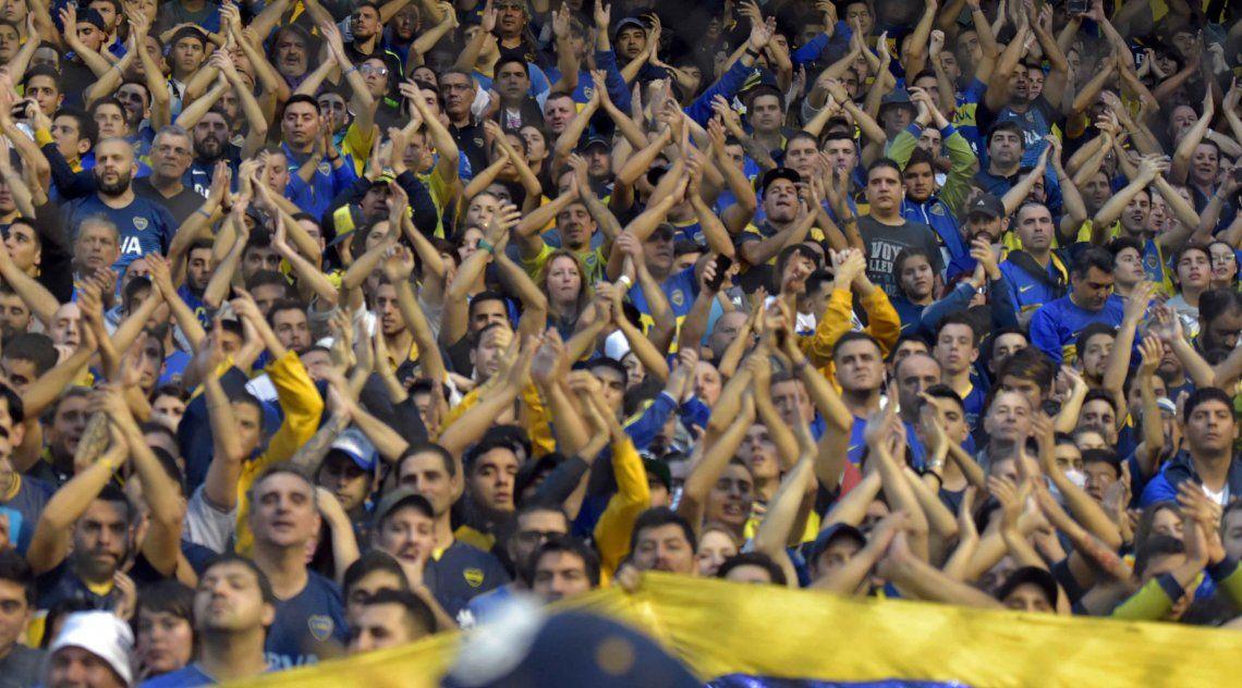 Boca sigue con la venta de entradas para ir al Bernabéu y los hinchas armaron un banderazo para despedir al plantel