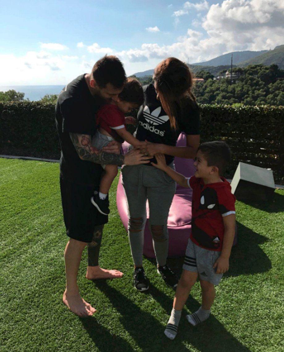 Se viene una nena para Antonela Roccuzzo y Lionel Messi