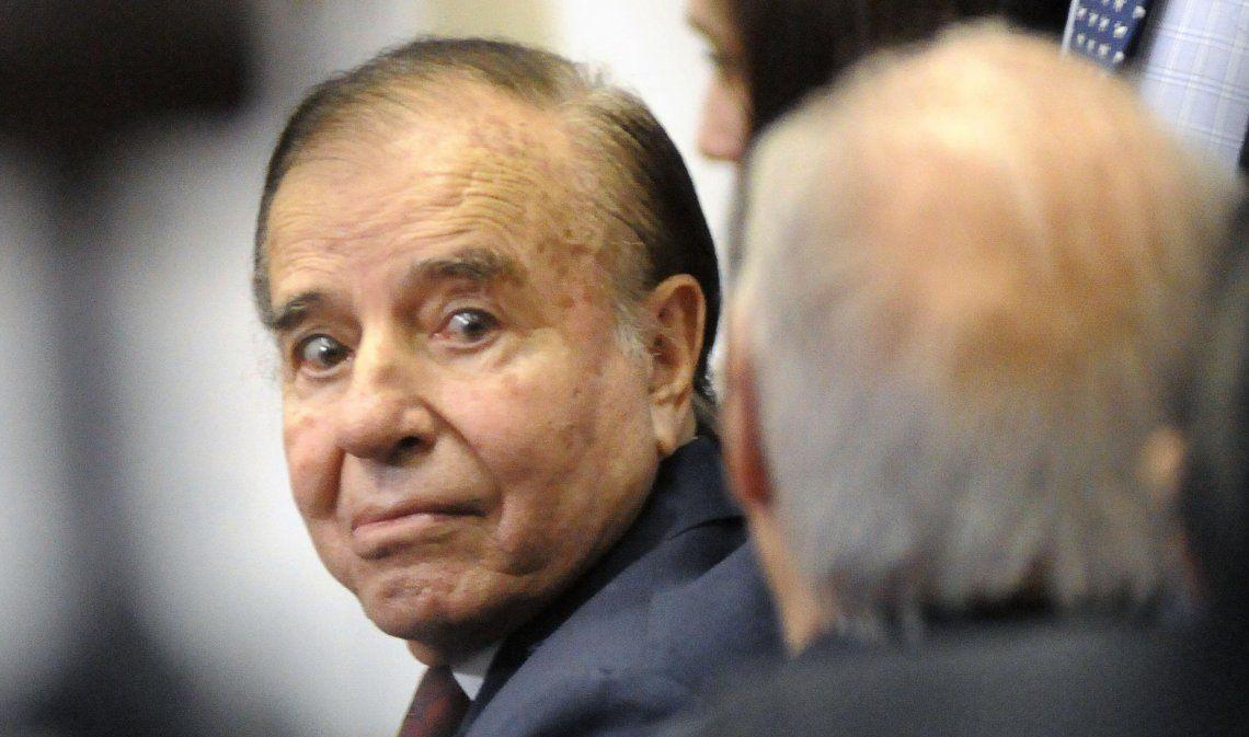 Carlos Menem fue autorizado para viajar a Chile a ver a su hijo