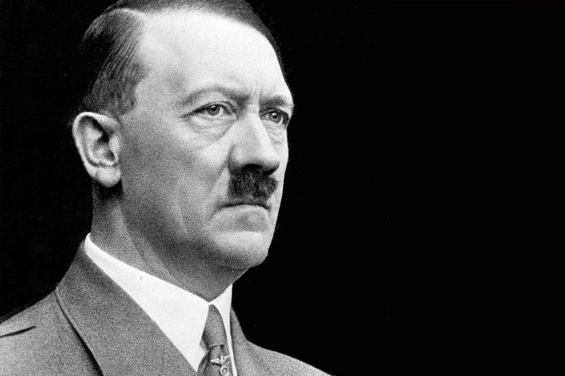 El 19 de agosto de 1934 Alemania ungió al genocida Hitler como su  Führer