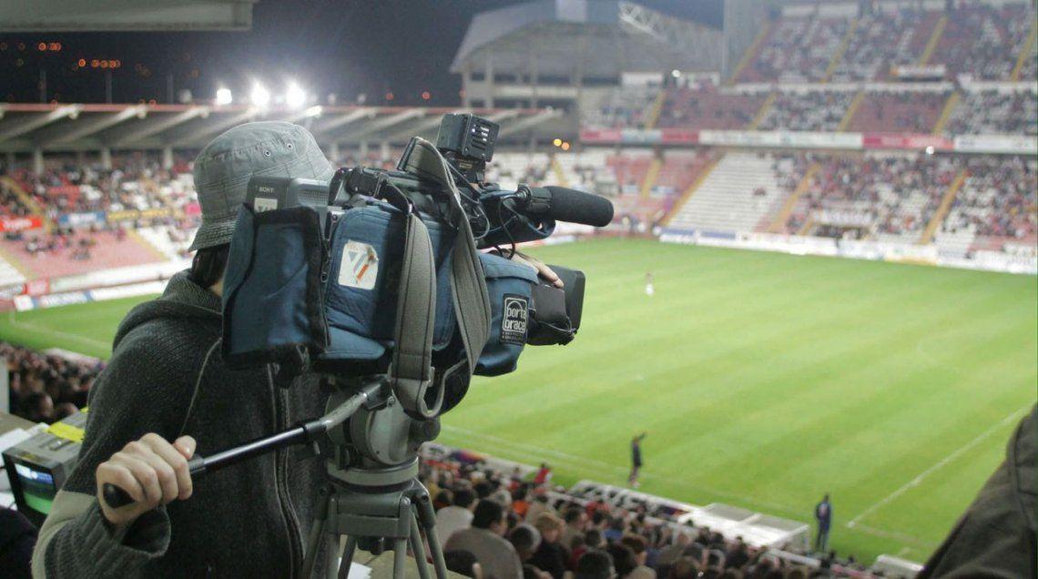 La pantalla del fútbol, garantizada para FOX y TNT