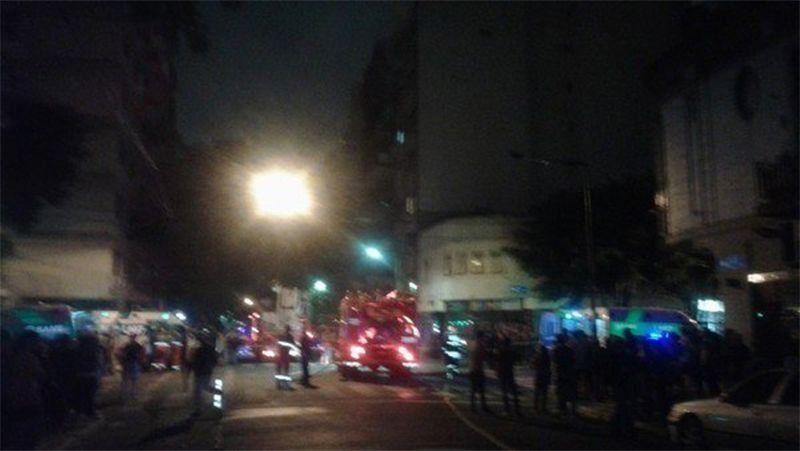 Explosión e incendio en un edificio de Palermo: al menos cuatro heridos