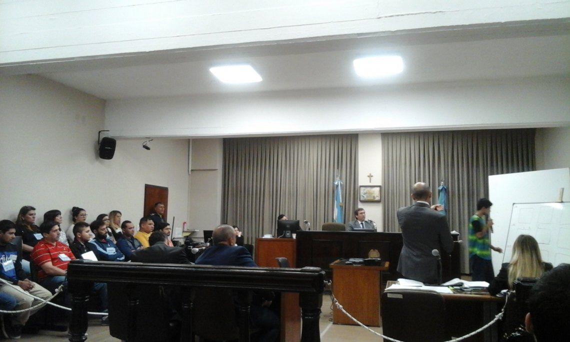 Jurado vecinal condenó a un hombre que mató al marido de su amante