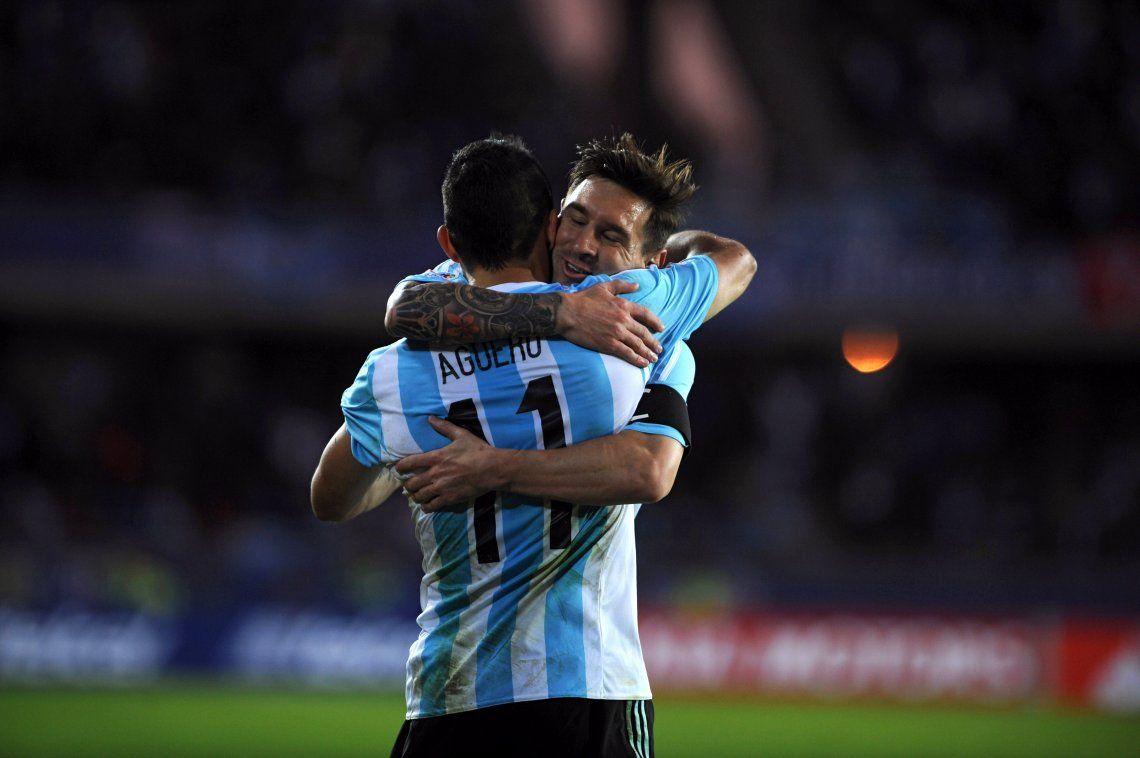 Volver a probar a Messi con Agüero