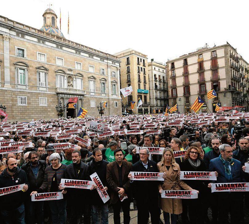 Los independentistas provocan caos en Cataluña