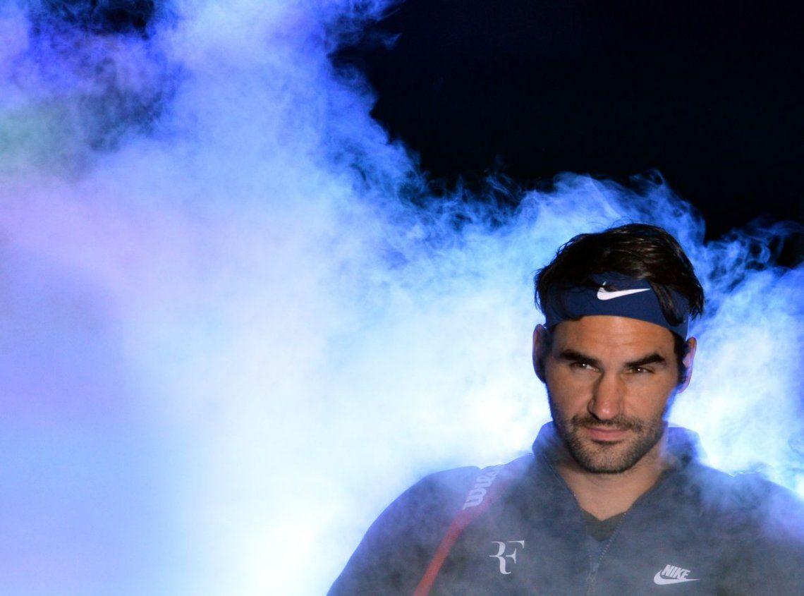 Federer levantó el telón de Londres con contundencia