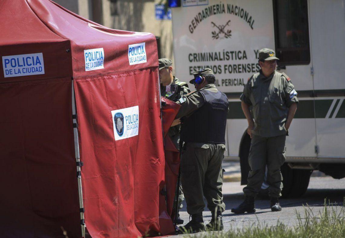 Un policía retirado y un presunto ladrón murieron en tiroteo