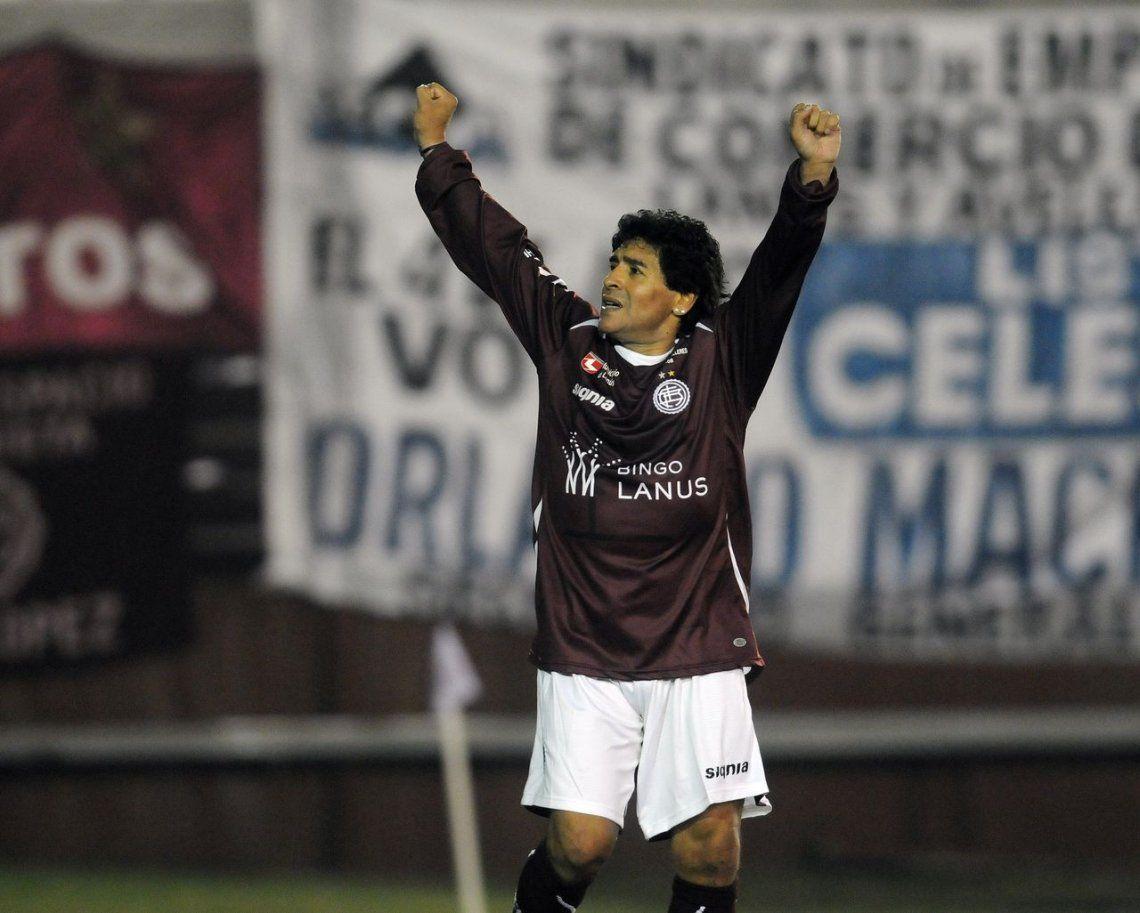 Maradona grabó un video motivacional para Lanús