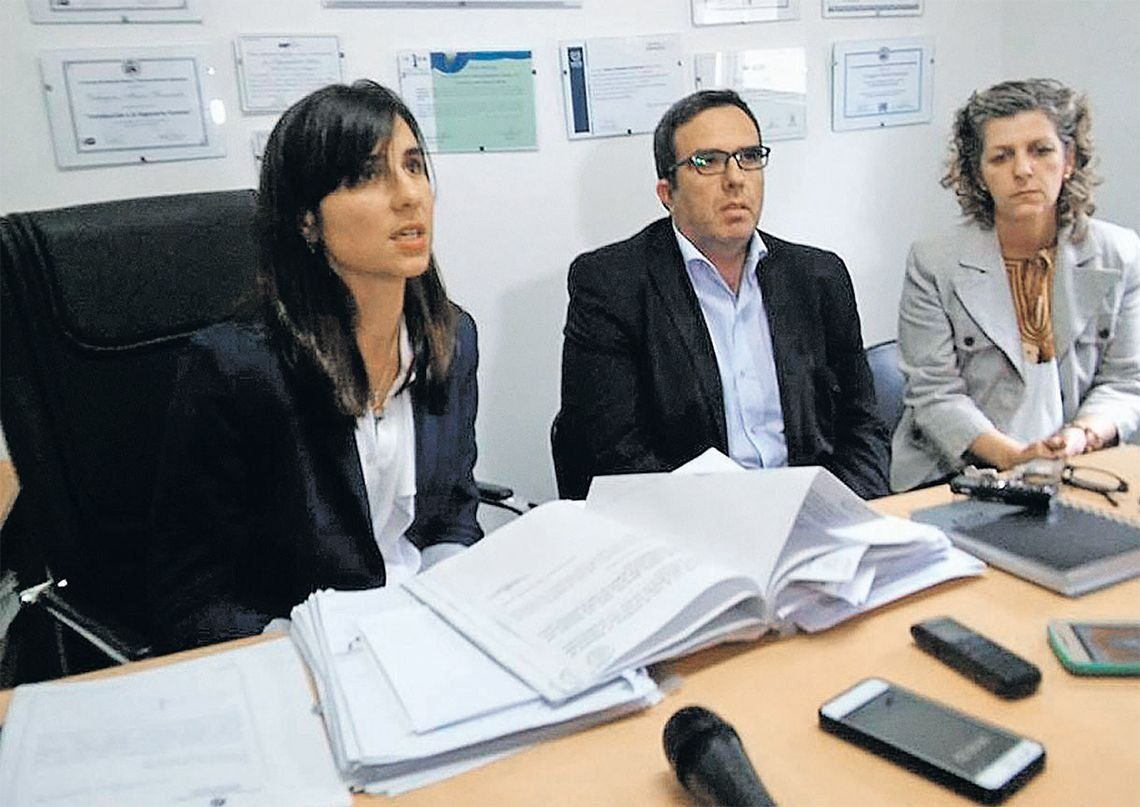 La fiscal Margaretic concedió una conferencia de prensa donde dio detalles del informe oficial