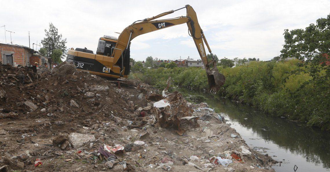 Convertirán basural en un parque lineal para vecinos de San Martín