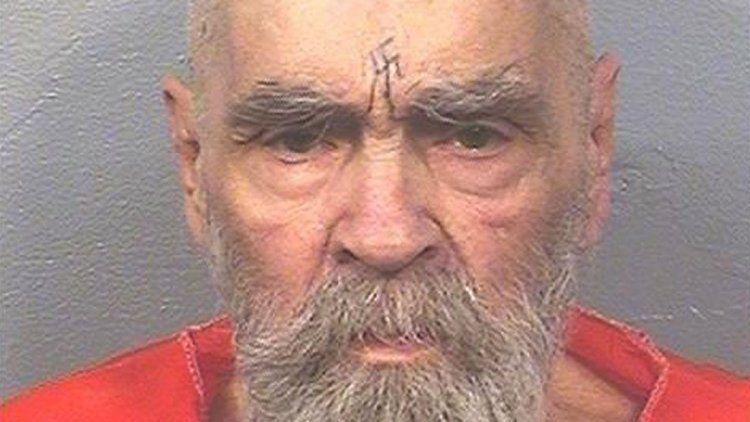 Murió Charles Manson, el líder del culto satánico que horrorizó al mundo
