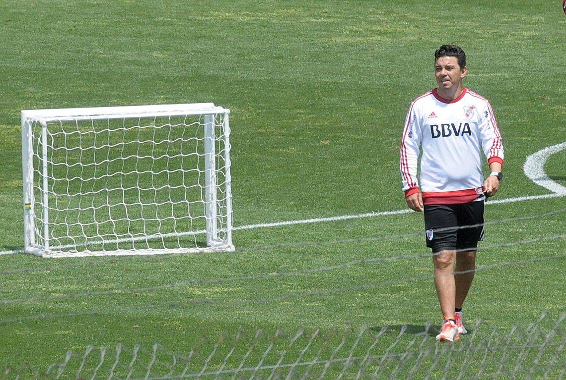 Gallardo ensayó sin los históricos y los cuida para el partido ante Emelec