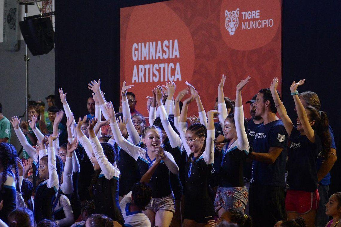 Muestra de fin de año de gimnasia artística