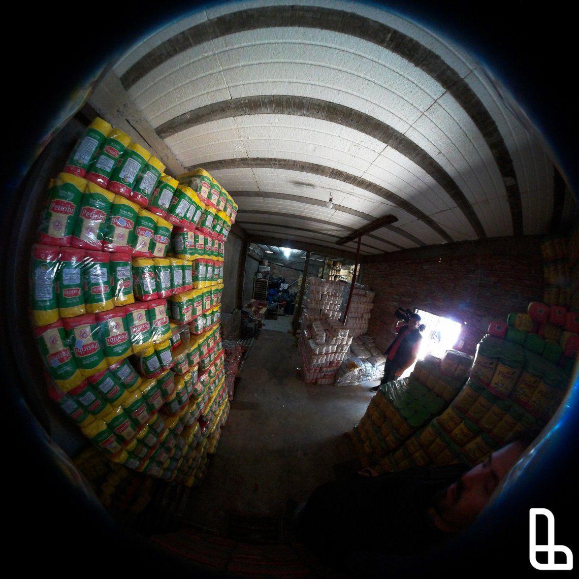 Detienen a cooperativistas que traficaban alimentos que debían repartir
