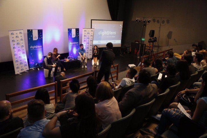 Jóvenes emprendedores disertaron sobre innovación y tecnología