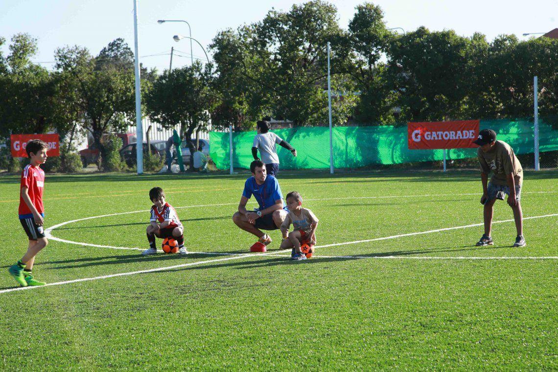 Ex capitán del Rojo inauguró un complejo deportivo en Berazategui