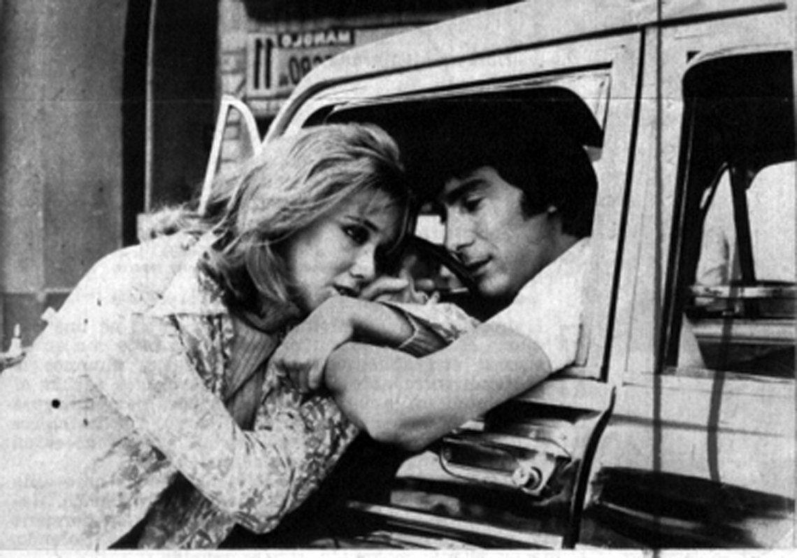 El beso de Solita y Satur ¡45 años después! de Rolando Rivas