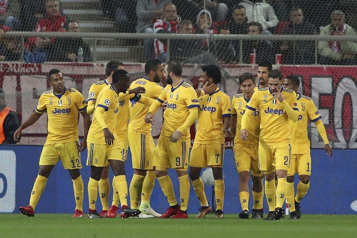 Juventus ganó sin despeinarse y pasó a octavos