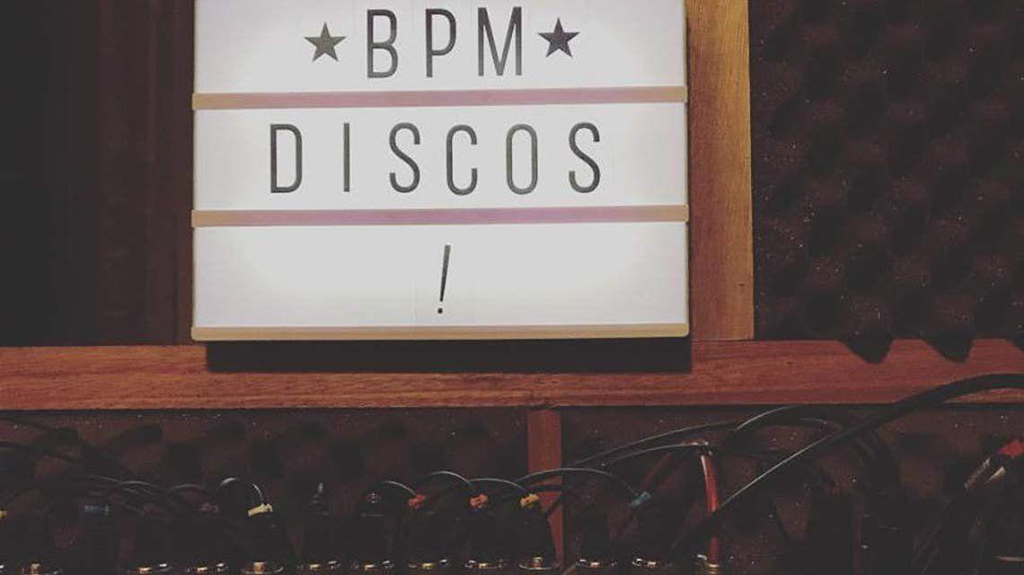 BPM Discos presenta en sociedad sus vinilos y sus bandas en vivo