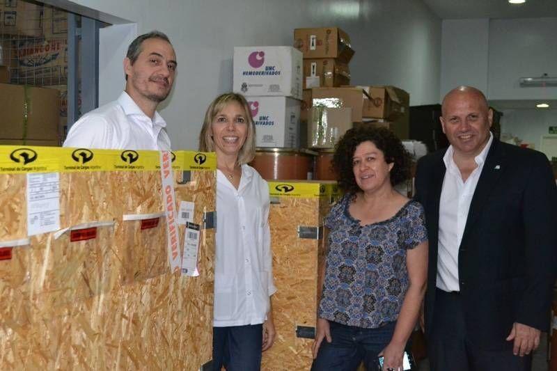 Salud incorporó equipamiento para la producción pública de medicamentos