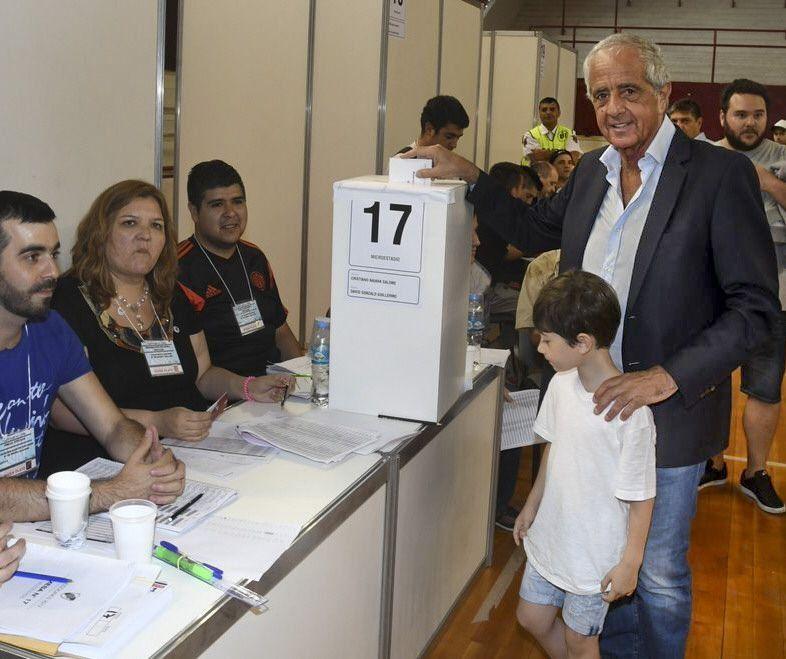 DOnofrio arrasó en una elección récord en River