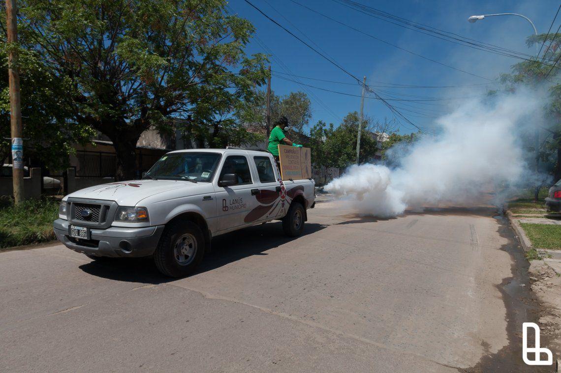 En enero continúan los operativos de fumigación en Lanús