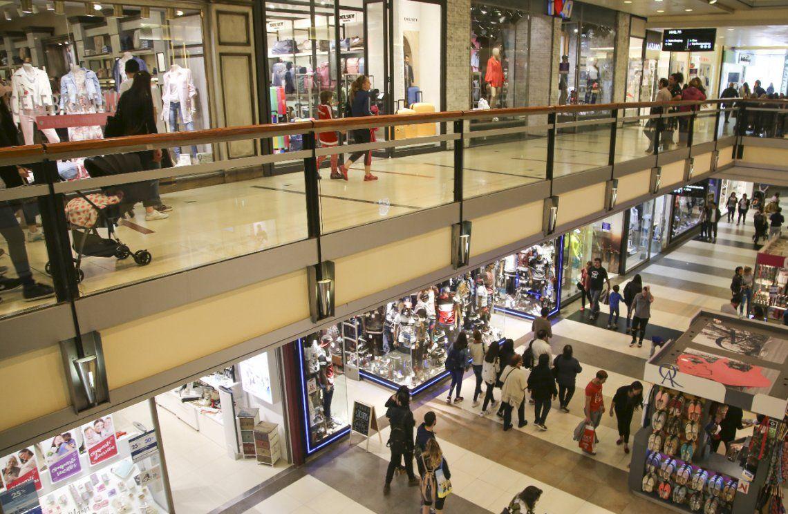 Inflación récord: qué productos y servicios aumentaron más en septiembre tras la devaluación pospaso