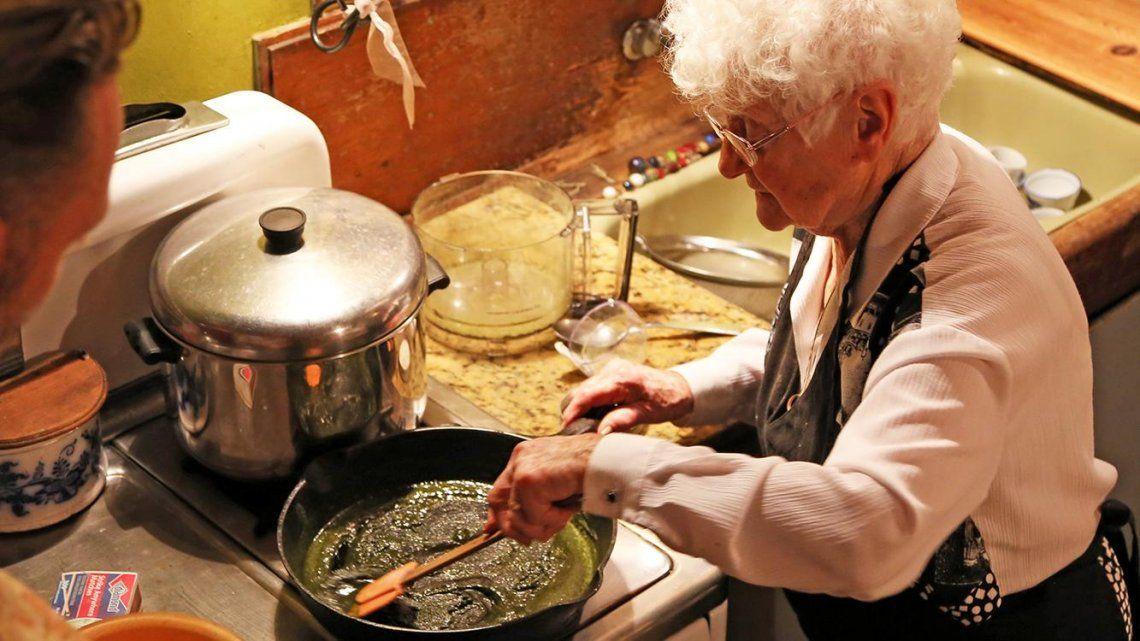 Una anciana intoxicó a su familia con un pato a la marihuana