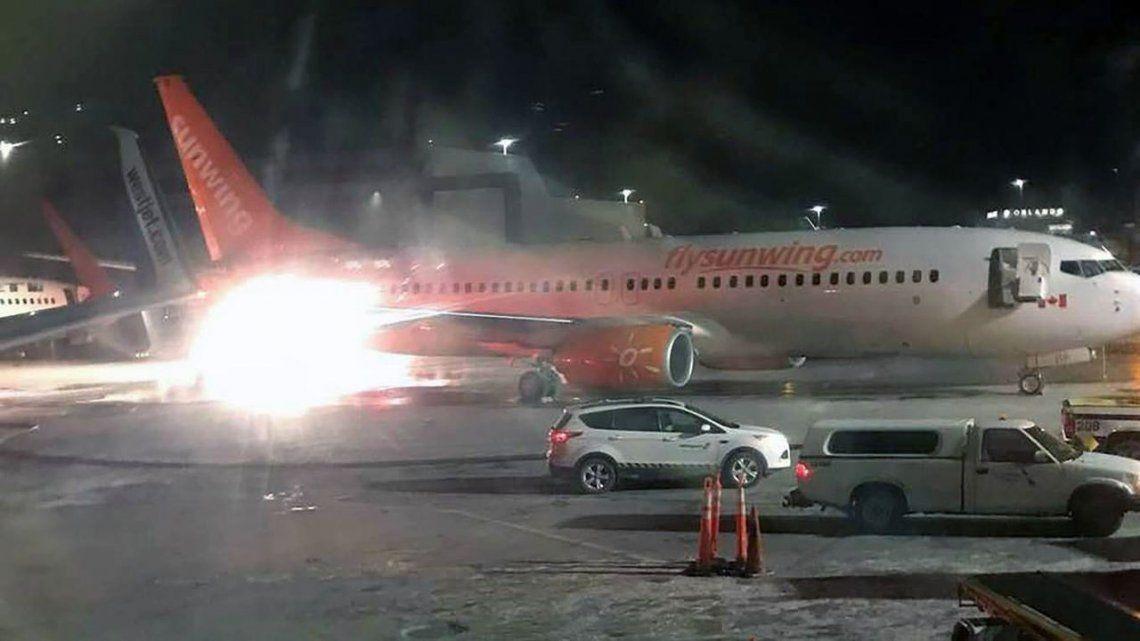 Pánico en Toronto por el choque de dos aviones