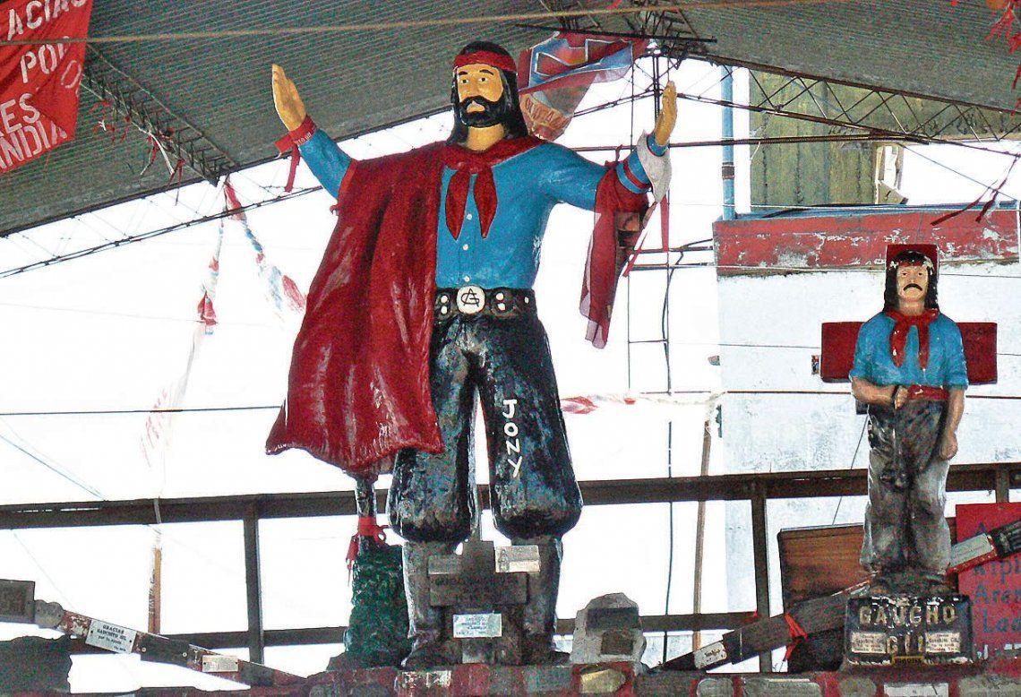Fieles al Gauchito Gil: el Santo de los Pobres cumple 140