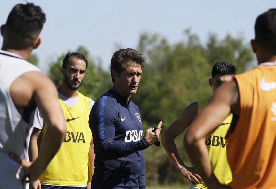 Guillermo Barros Schelotto espera que el arribo de Gustavo Gómez se concrete lo antes posible.