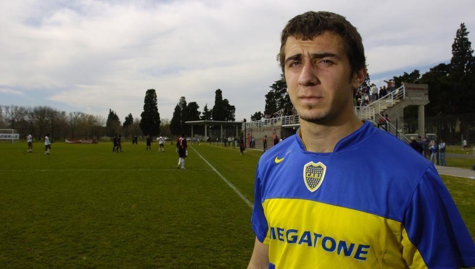 Pratto, el jugador número 99 en vestir las camisetas de Boca y River