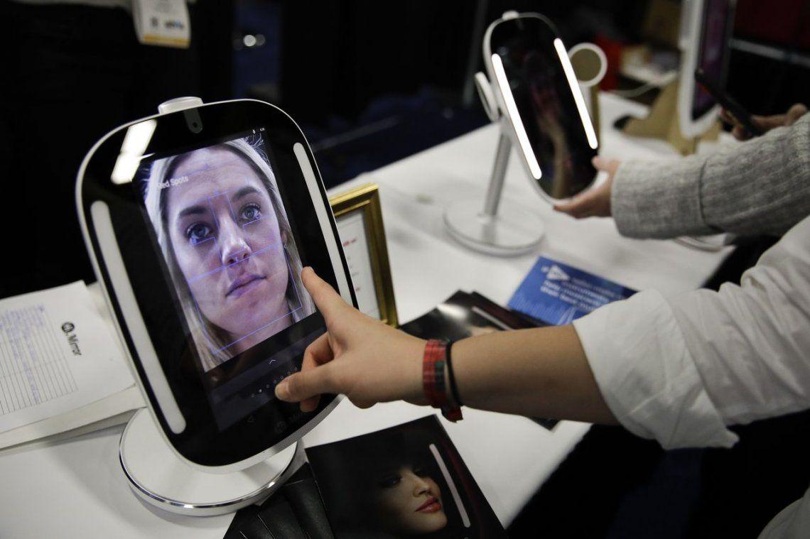 CES 2018: Amazon y Google, la guerra sin cuartel de los asistentes virtuales de voz